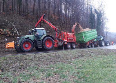 ForstGartenKomunal-Holzhaeckselservice- biber72